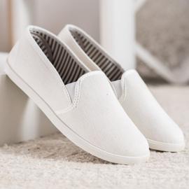 SHELOVET Comfortable Slip-On Sneakers white 3