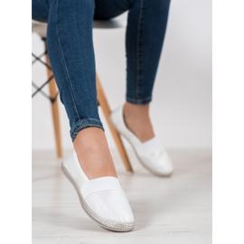 SHELOVET Stylish Slip-On Sneakers white 5