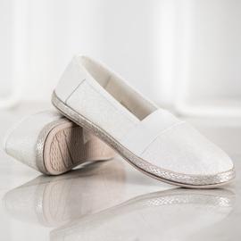 SHELOVET Stylish Slip-On Sneakers white 3