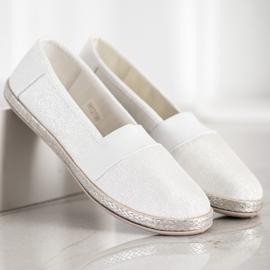 SHELOVET Stylish Slip-On Sneakers white 4