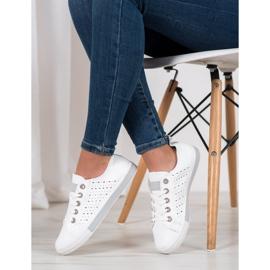 Bella Paris Sneakers With Openwork Pattern white 2