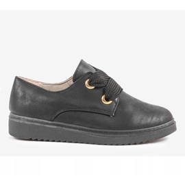 Black sneakers on the wedge H-18 4