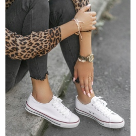 White classic women's TH68-1 sneakers 1