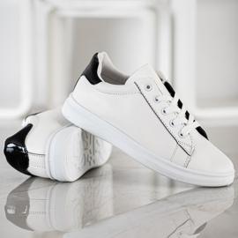 SHELOVET Classic Sport Shoes white black 3
