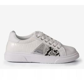 White stylish women's sneakers BK928-9 1