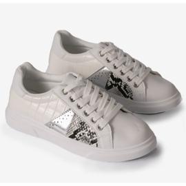 White stylish women's sneakers BK928-9 2