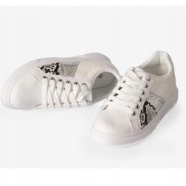 White stylish women's sneakers BK928-9 3