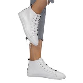 White high classic women's sneakers 9858 1