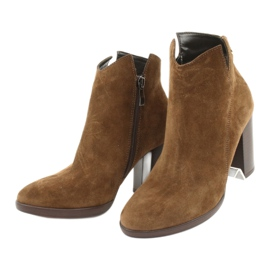 Gamis Leather suede boots on the post 4018 brown 2