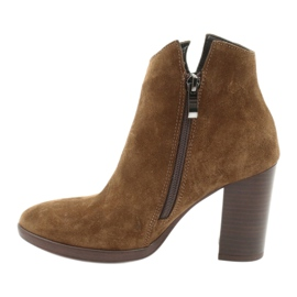 Gamis Leather suede boots on the post 4018 brown 1