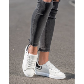 SHELOVET Comfortable White Sneakers 2