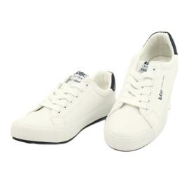 Lee Cooper W LCJL-20-31-072 shoes white navy blue 2