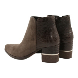 Stylish Gamis 4005 brown suede boots 3