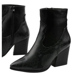 Black ankle boots with pointed Chay 1