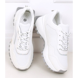 White LA87P White sports shoes 2