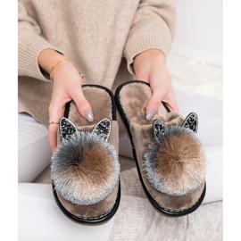 Bona Stylish Slippers With Pompom beige 4