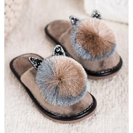 Bona Stylish Slippers With Pompom beige 2
