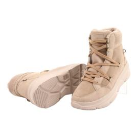 Kylie Crazy Women's Sneakers Beige Snow boots Missy 12