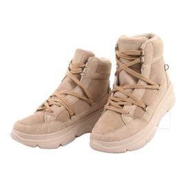 Kylie Crazy Women's Sneakers Beige Snow boots Missy 11