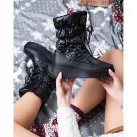 SHELOVET Stylish Snow Boots On The Platform black 2
