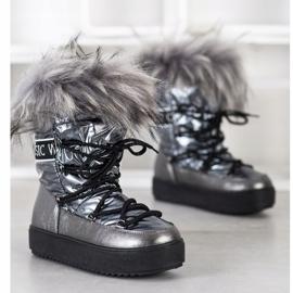 SHELOVET Snow Boots On The Platform silver grey 2