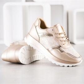Bestelle Stylish sneakers beige 3