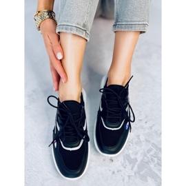 Black sports shoes B0-560 Black 2