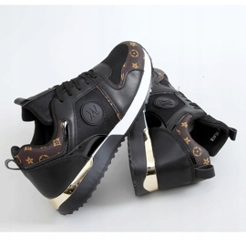 Black VL118P Black sports shoes 1