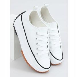 Designer sneakers with white VL138 White sole 1