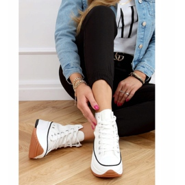 Designer sneakers with white VL135P White sole 3