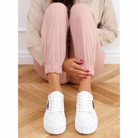 White women's sneakers LA134 White 2