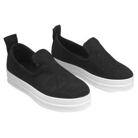 Love Slip On SK73 Black Slip-On Sneakers 1