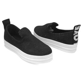 Love Slip On SK73 Black Slip-On Sneakers 2
