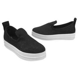 Love Slip On SK73 Black Slip-On Sneakers 3
