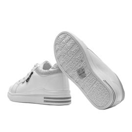 White sneakers Halyely sneakers 2