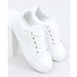 White quilted women's sneakers BL232P White 1