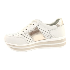 Women's sports shoes Filippo white and gold golden 1