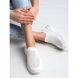 Ideal Shoes Slip-on Shoes With Mesh white 2