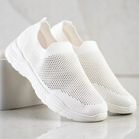 Ideal Shoes Slip-on Shoes With Mesh white 3