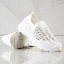 Ideal Shoes Slip-on Shoes With Mesh white 4