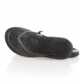 Chaco Locavore Black Flip-flops Wmn J102208 5
