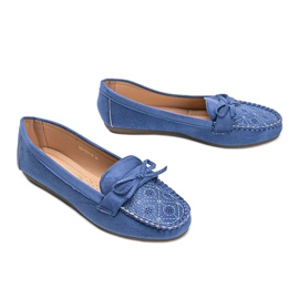 Blue moccasins with an openwork Maura pattern 2