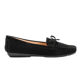 Black moccasins with an openwork Maura pattern 3