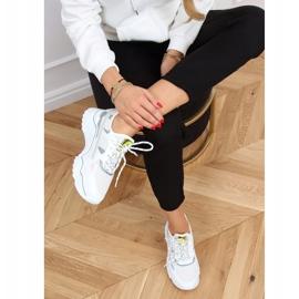 White sports shoes FF-2 White 1