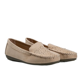 Beige loafers with an openwork Justine toe 1