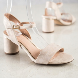 Evento Stylish sandals on a post beige golden 4