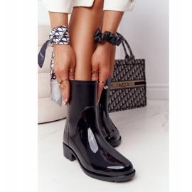 PS1 Shiny Black Jodhpur boots Rainy Day 4