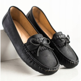 Clowse Black Loafers With A Bow 3