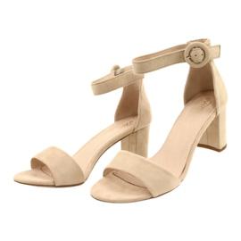 Sandals On Heel Beige Evento 20SD98-1617 1