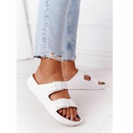 NEWS Women's White Stacy Rubber Slippers 2